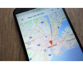Android-Smartphone mit Google Maps