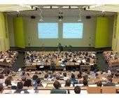 Hörsaal überflüssig - Virtuelle Klassenzimmer an der FFHS