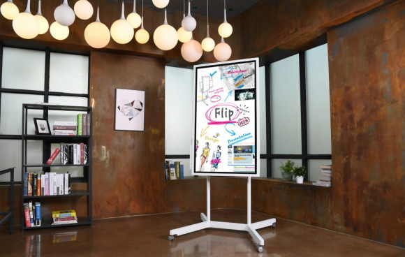 Digitales Whiteboard Flip von Samsung