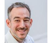 Patrick Scheuerer ist Organisationsentwickler und Holacracy-Coach bei Xpreneurs.