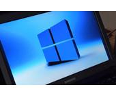 Windows-10-Logo auf Laptop-Bildschirm
